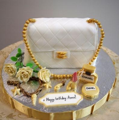 Торт Белая сумка 2,5кг