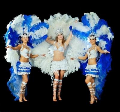 Бразильское шоу 1 танец 3 девушки