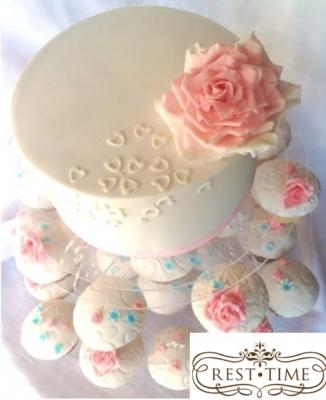 Торт Роуз 2кг + 20 капкейков