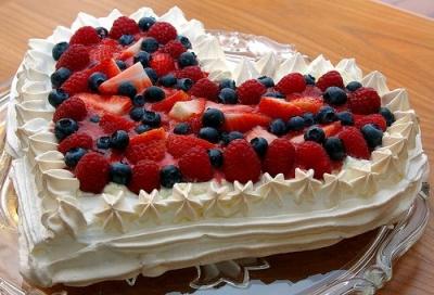Торт Клубника в сливках 2 кг
