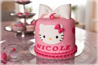 Торт Китти №2 за 1кг