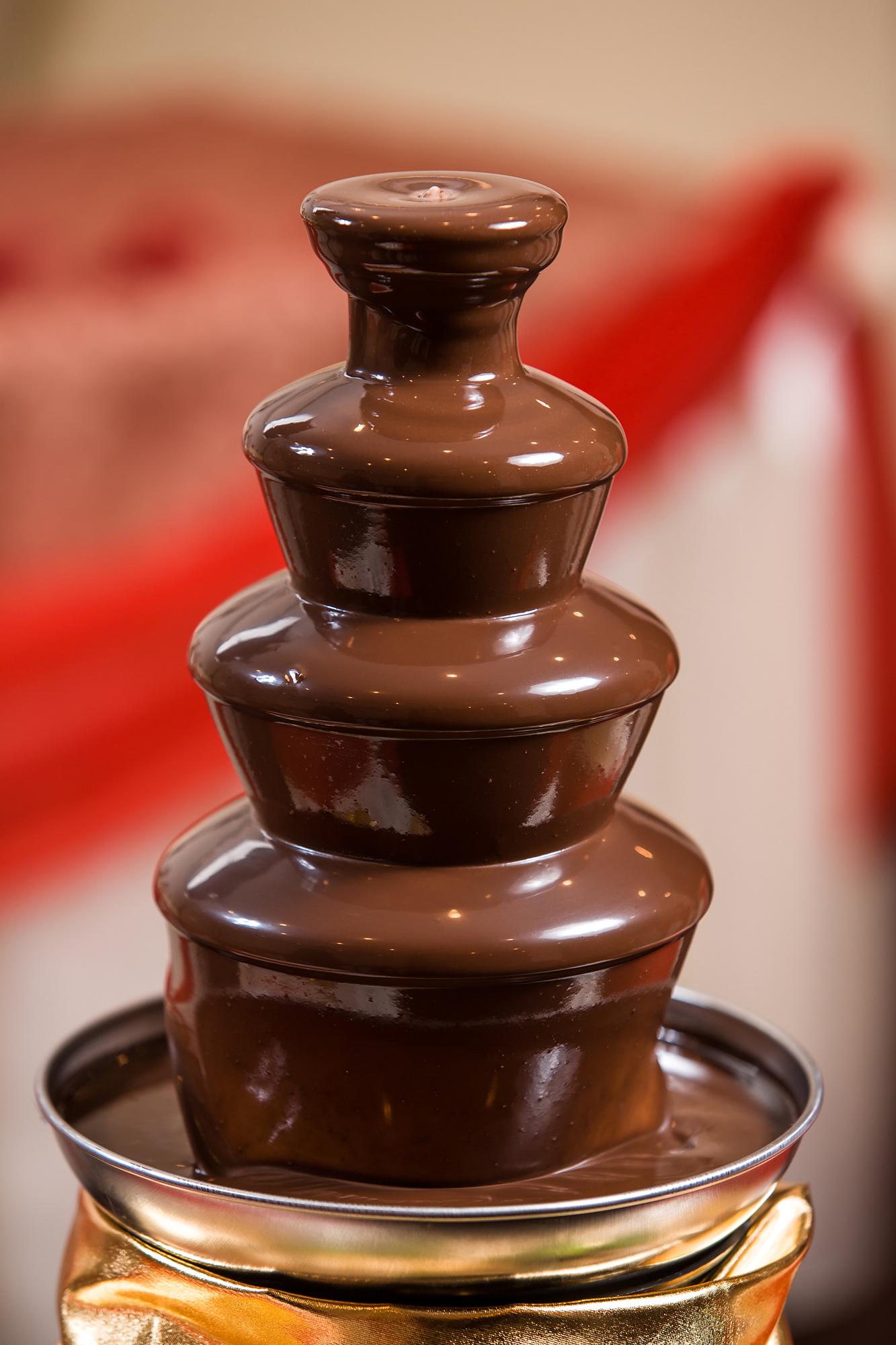 шоколадные фонтаны как оформить фото бывают